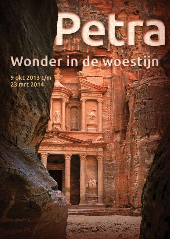 Petra wonder in de woestijn