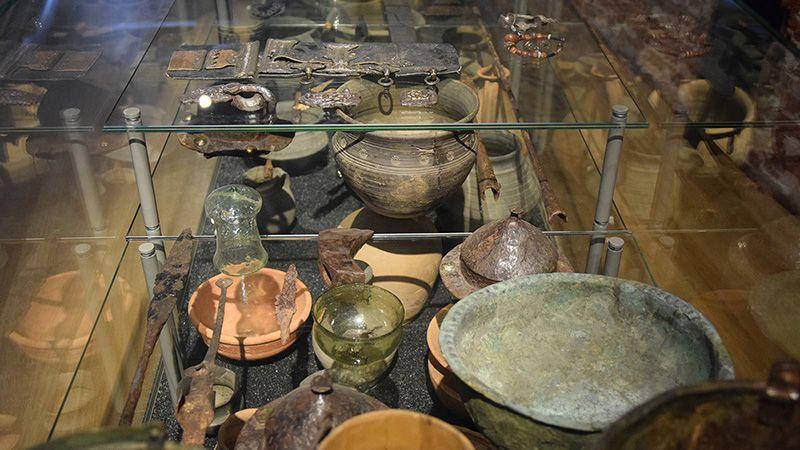 Voorwerpen in 'Archeologie van Nederland'