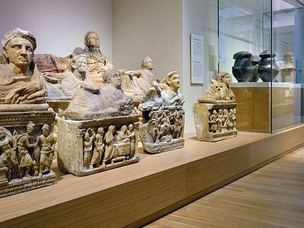 Zalen klassieke wereld Etrusken askisten