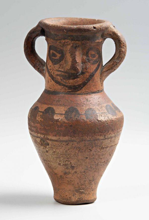 Egyptische aanwinsten vaas gezicht